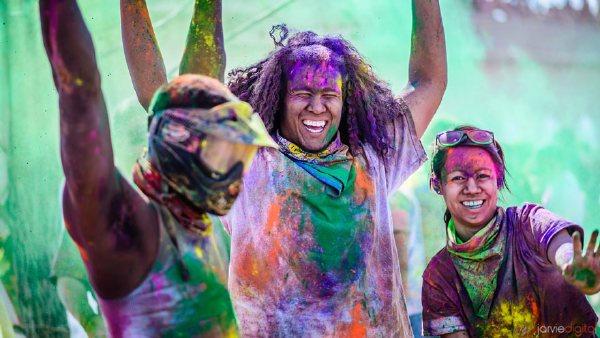 Πολύχρωμα φεστιβάλ και γιορτές από όλο τον κόσμο.