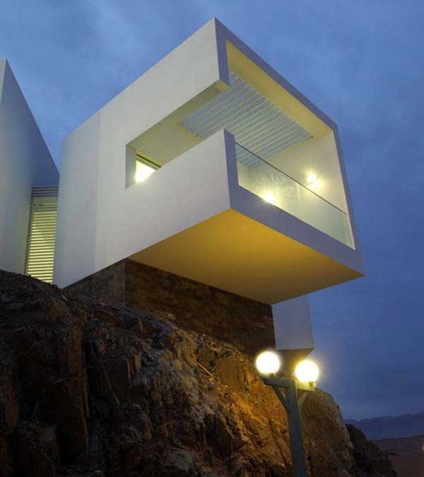 Stunning cliff houses built in amazing locations