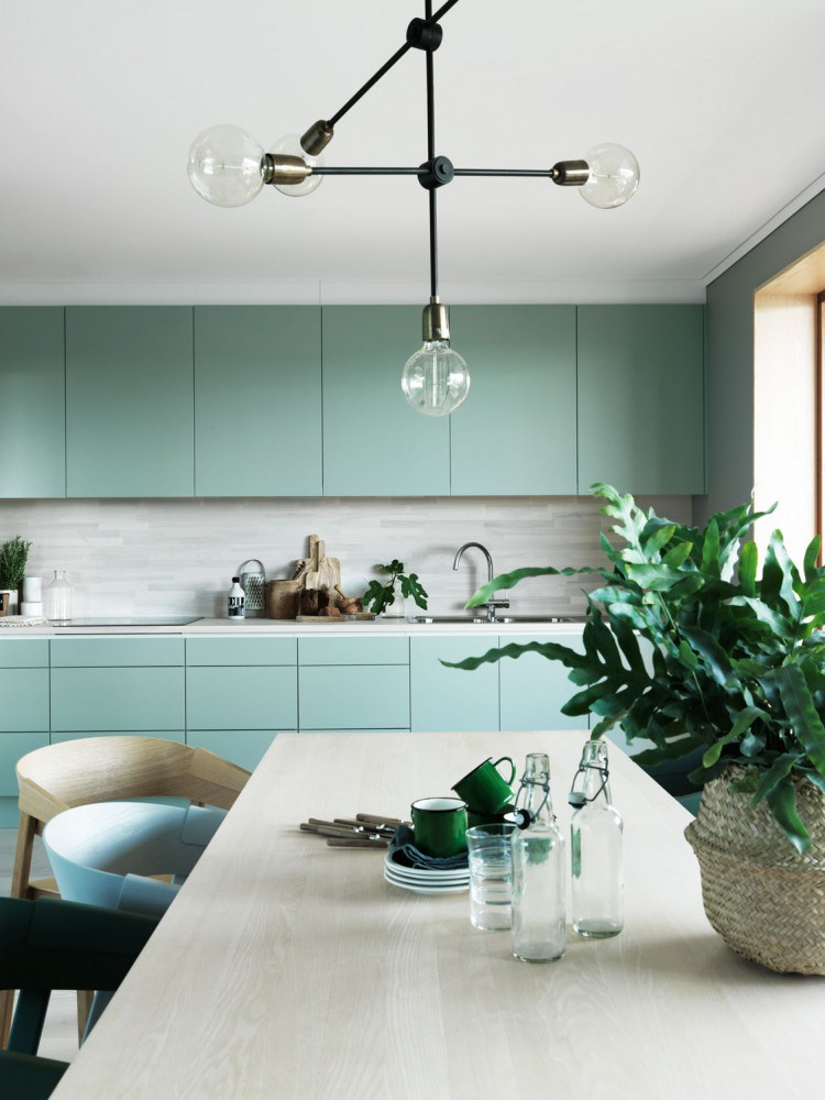 H:\Google Drive container\Ecotek images Facebbok\Blog articles\Unposted blog articles\8 Kitchens That Are Green\deco-interieur-peinture-vert-kaki-green-attitude-look-style-nordique-scandinave-moderne-FrenchyFancy-5.jpg