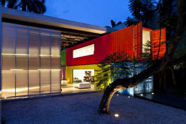10 Τέλεια Σπίτια Από Εμπορευματοκιβώτια (Κοντέινερ)