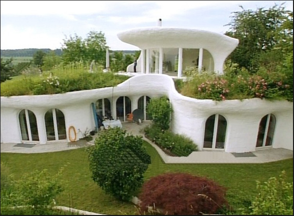 The Great Earthships of New Mexico
