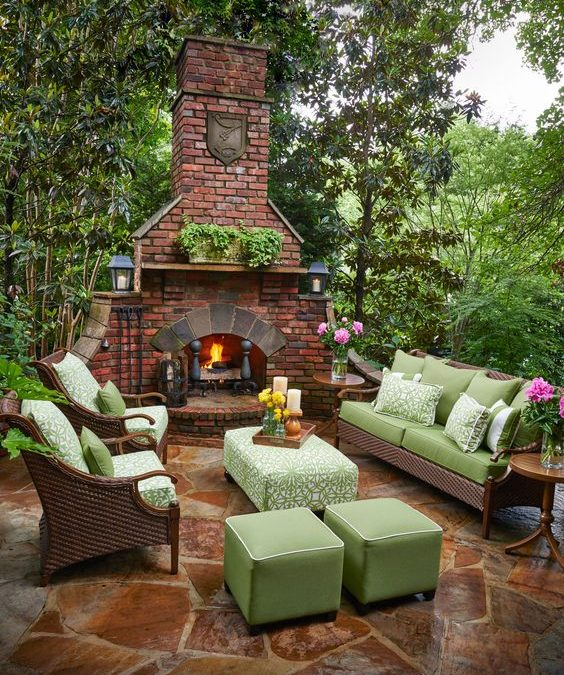 Modern and Cozy Outdoor Fireplaces