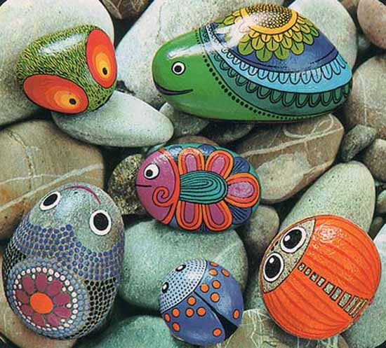 Creative, Easy and Artsy Ways to Use Stones in the Garden