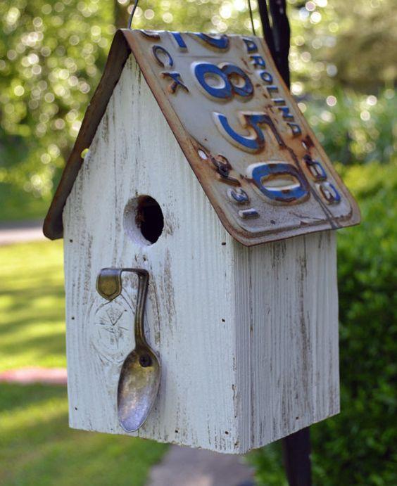 Rustic Spoon Birdhouse - Rustic Birdhouse - Spoon Birdhouse - License plate Birdhouse. Perfect for the garden!: