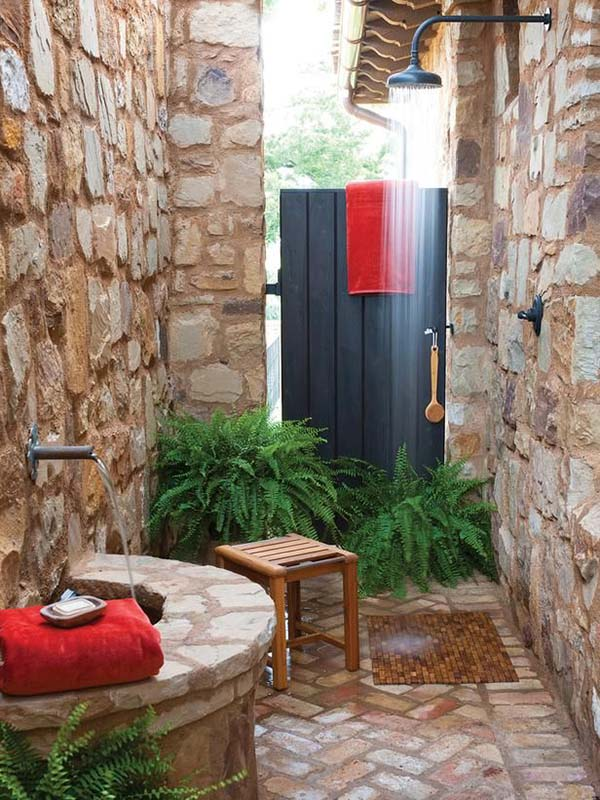 Awesome Outdoor Bathrooms-02-1 Kindesign
