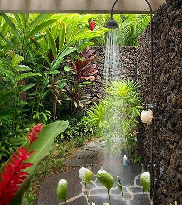 Awesome Outdoor Bathrooms That Will Leave You Feeling Refreshed