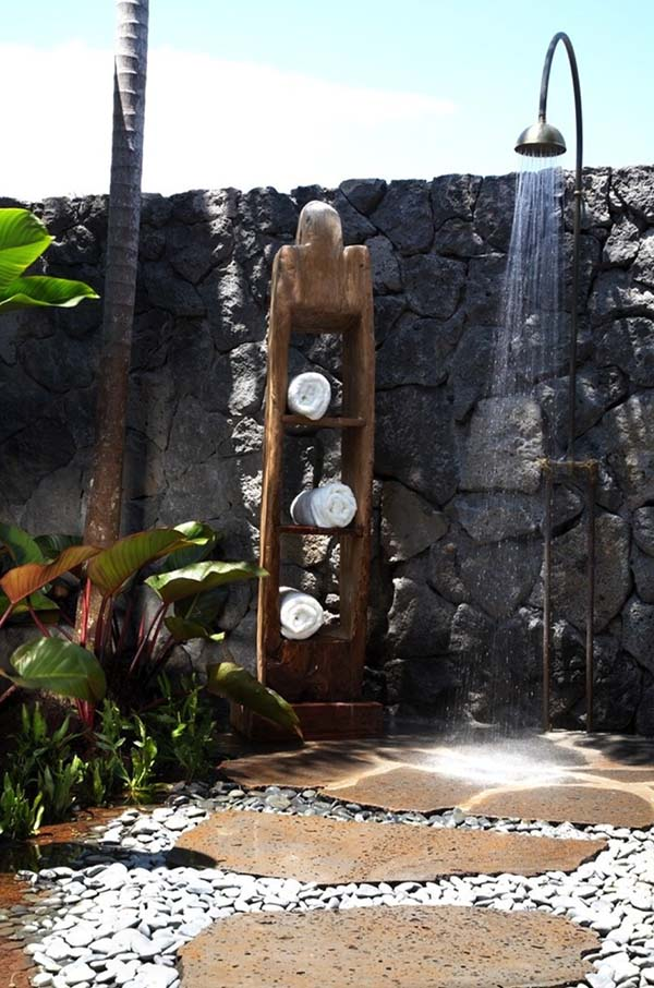 Awesome Outdoor Bathrooms-34-1 Kindesign