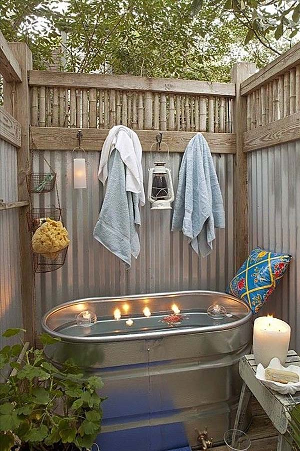 Awesome Outdoor Bathrooms-44-1 Kindesign