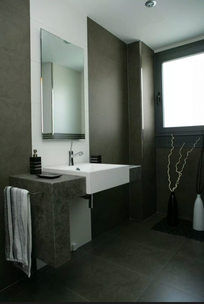 dark-bathroom-modern-decor-675x1008 15+ Top Modern House Interior Designs for 2018!