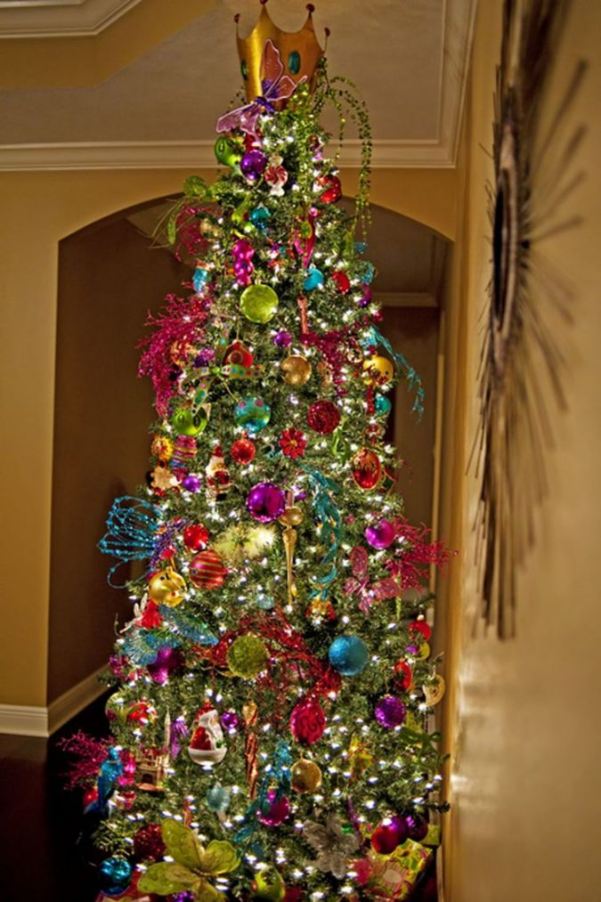 Christmas-tree-with-multicolored-lights-675x1013 Top 10 Christmas Decoration Ideas & Trends 2018