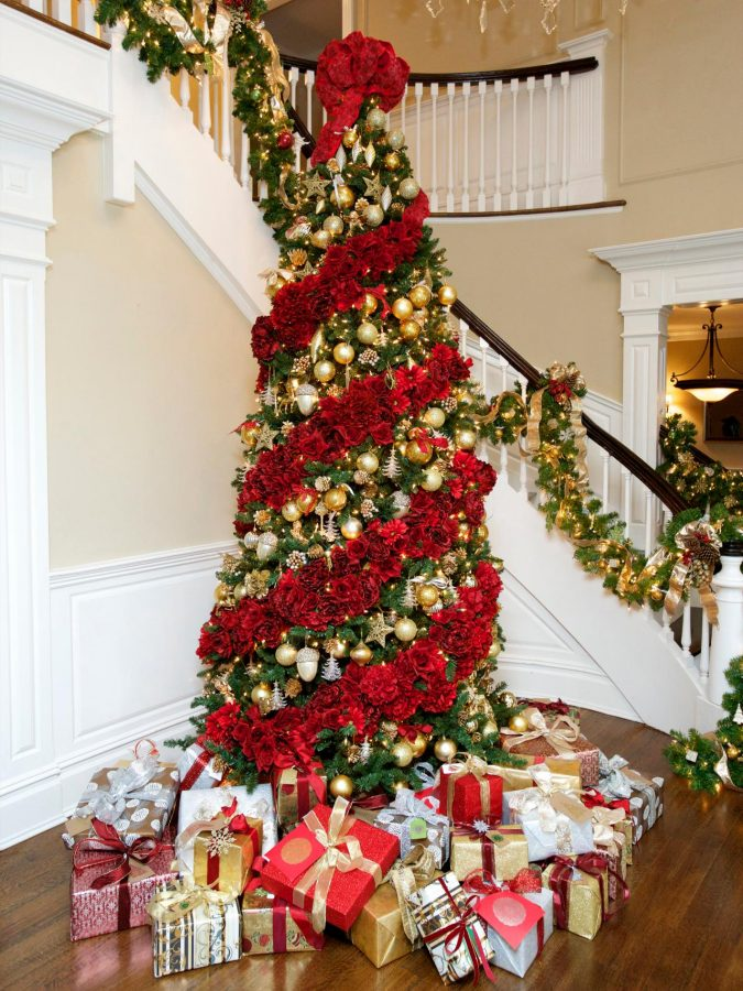 floral-christmas-tree-2-675x900 Top 10 Christmas Decoration Ideas & Trends 2018