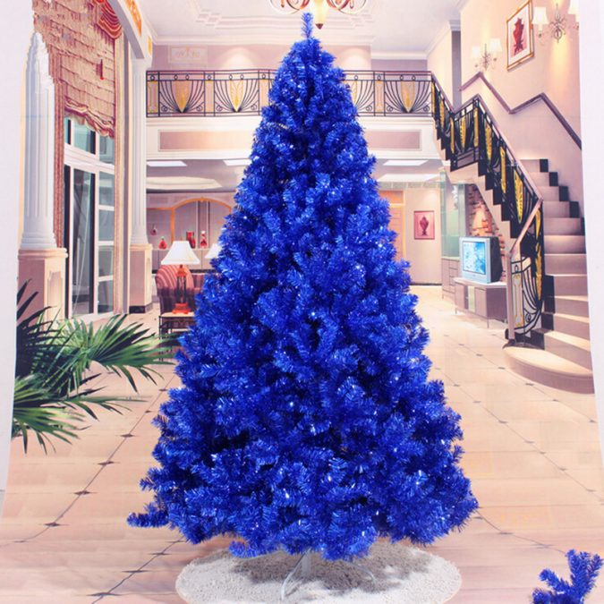 navy-blue-Christmas-tree-675x675 Top 10 Christmas Decoration Ideas & Trends 2018