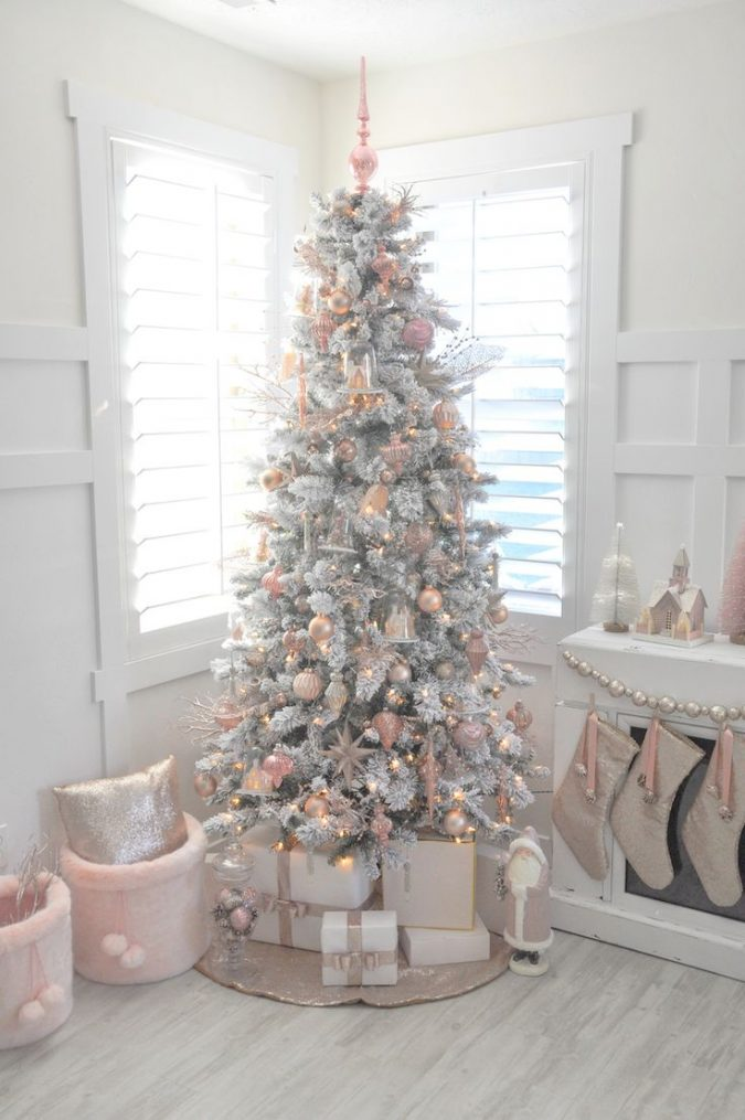 white-christmas-with-pink-decorations-and-gold-lights-675x1015 Top 10 Christmas Decoration Ideas & Trends 2018