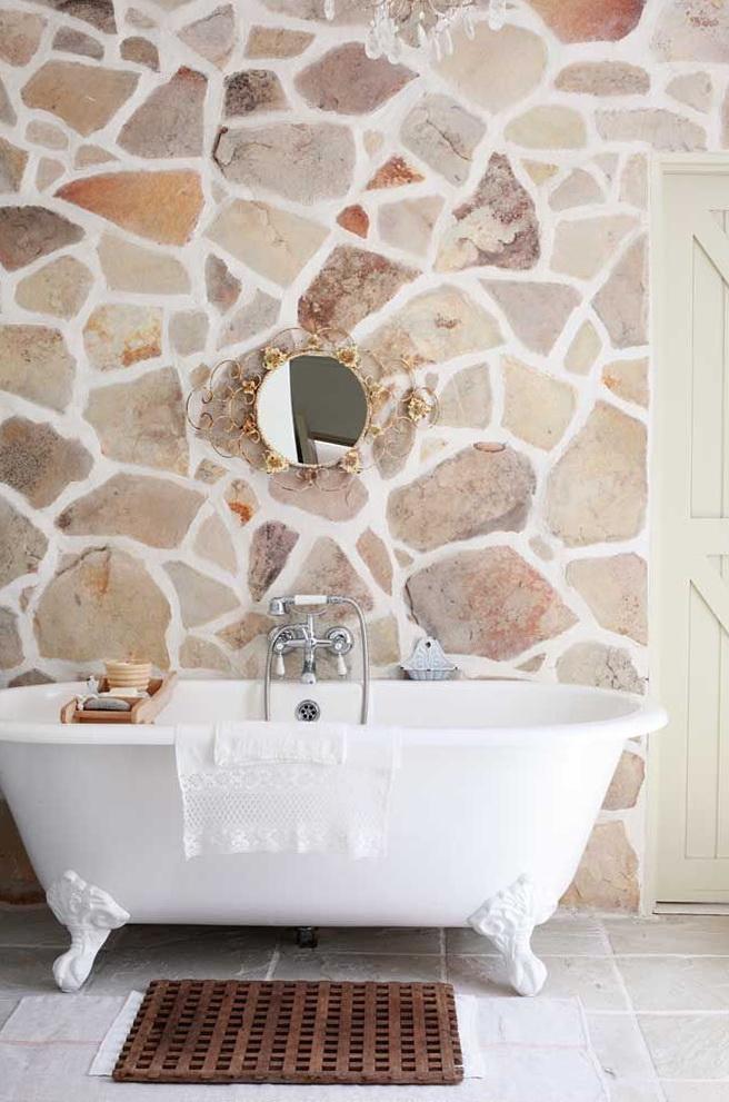 bathroom-decorative-stone-bricks-3 Top 10 Master Bathrooms Design Ideas for 2018