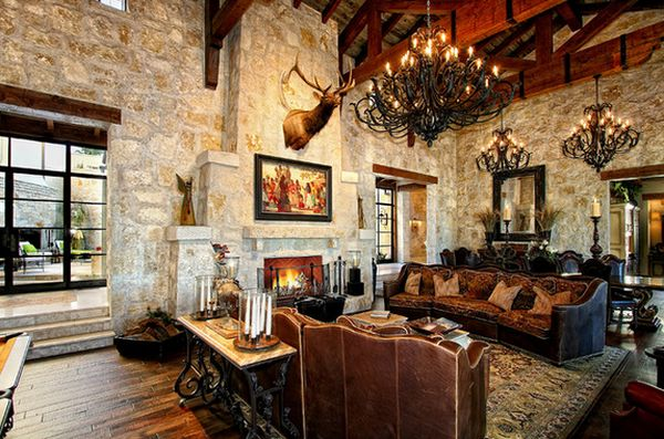 https://cdn.homedit.com/wp-content/uploads/2014/01/luxury-chalet-living-room-black-chandelier.jpg